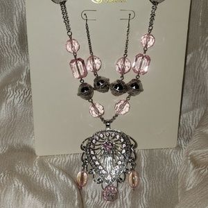 Pink/Silver Necklace Set